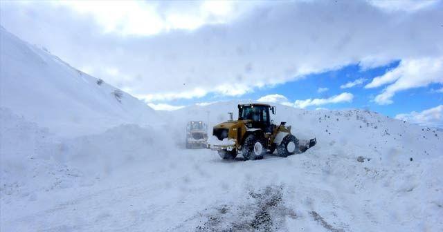 Kar, fırtına ve tipi nedeniyle bazı yollar ulaşıma kapandı