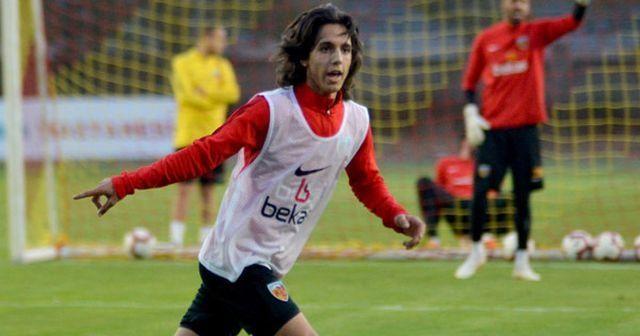 Kayserispor'dan Emre Demir'e 2.5 yıllık sözleşme