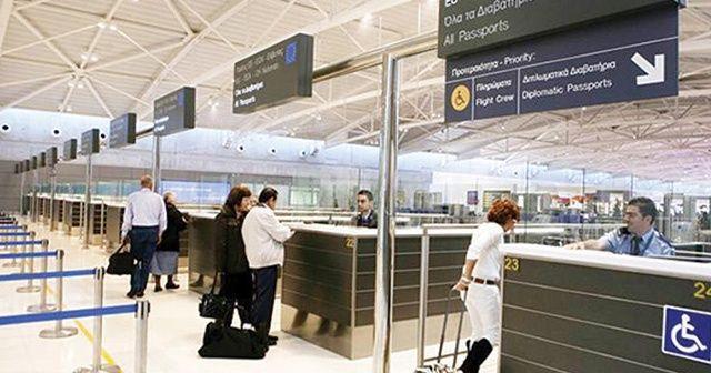 Kıbrıs'ta İsrailli turist krizi: Rumlar Türk tarafına geçişi engelledi