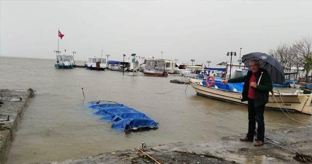 Köyceğiz'de balıkçı teknesi battı