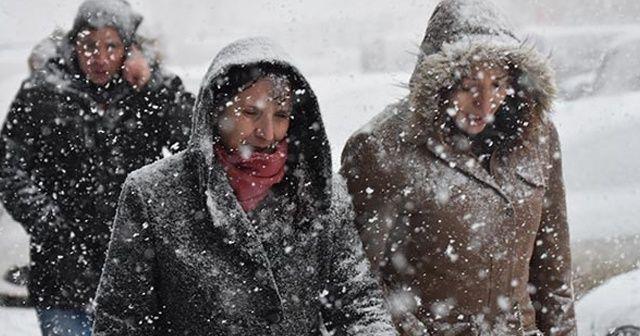 Meteoroloji'den 4 il için kuvvetli kar uyarısı