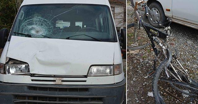 Minibüsün çarptığı bisikletli öldü