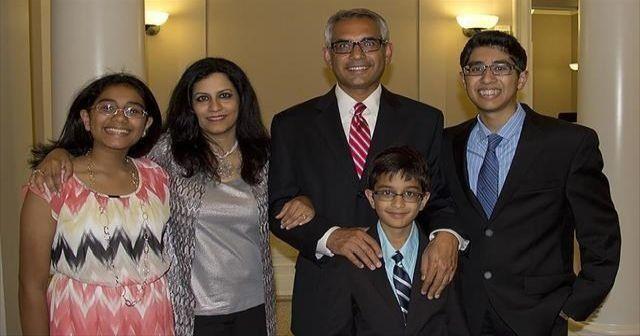 Müslüman olduğu için görevden alınması istenen ABD'li siyasetçi yoluna devam edecek