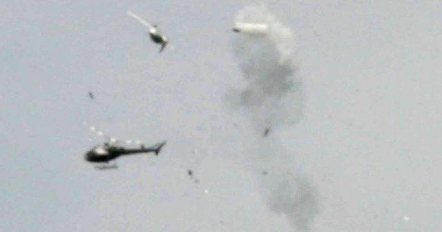 Uçak ile helikopter çarpıştı: 5 ölü, 2 yaralı