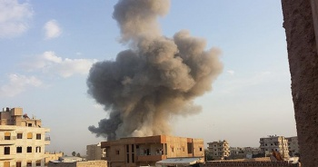 ABD öncülüğündeki koalisyondan Deyrizor'a hava saldırısı: 20 ölü