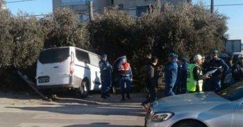 Askeri minibüs ile otomobil çarpıştı: 4'ü asker 5 kişi yaralandı