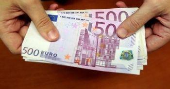 ECB 17 ülkede 500 euroluk banknotların basımını durdurdu