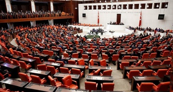 Torba kanun Meclis'te kabul edildi