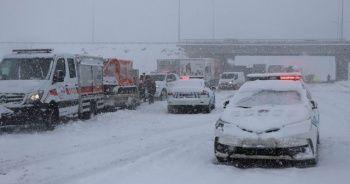 Kayseri'de ulaşıma kar engeli