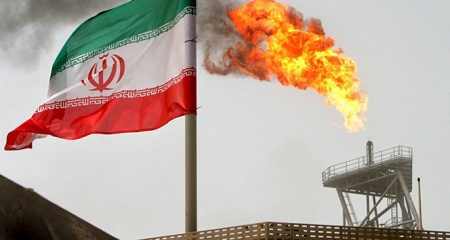 'İran'ın günlük petrol satışı 1 milyon varilin üstünde'