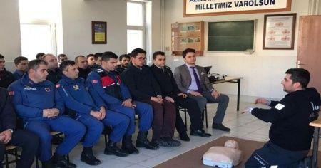 Askeri personele ilk yardım bilinçlendirme eğitimi verildi