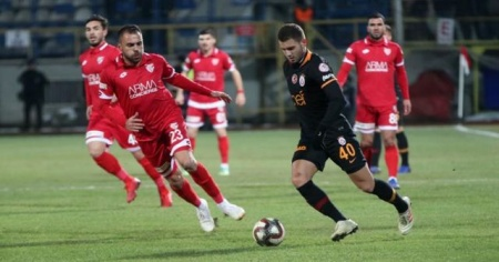 Galatasaray Bolu'da avantajı kaptı