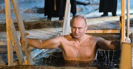 Putin yine soğuk sulara girdi