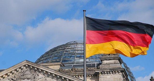 Almanya'dan PKK'ya darbe: İki şirketi kapattı!