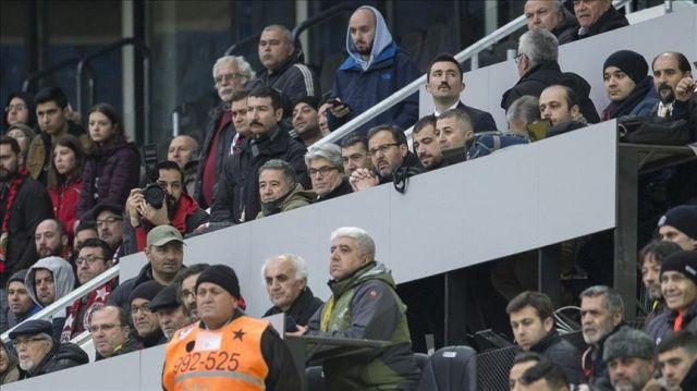Bakan Kasapoğlu başkent derbisini izledi