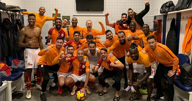 Galatasaraylı Semih Kaya'dan Fenerbahçe'ye fotoğraflı gönderme!