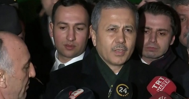 """İstanbul Valisi Yerlikaya: """"4 askerimiz şehit"""""""