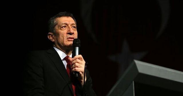 Milli Eğitim Bakanı Selçuk: Öğrencilerin bilimle uğraşması Türkiye'nin geleceği için son derece önemli