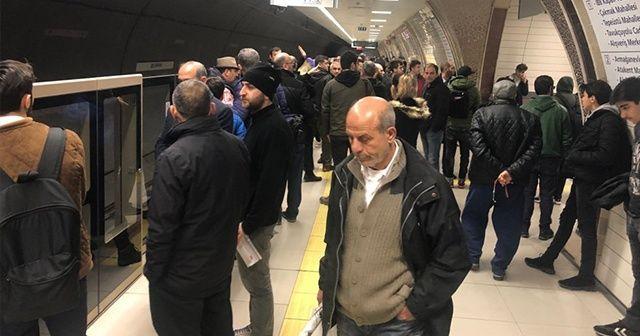 Üsküdar-Çekmeköy metro hattında arıza