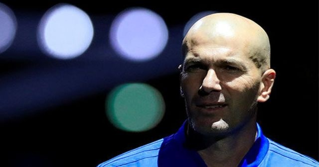 Zinedine Zidane Chelsea yolunda!