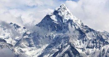 Çin, Everest Dağı'nı kapattı