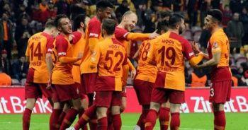 Galatasaray, Trabzonspor'u konuk edecek! Terim takımının başında