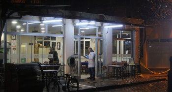 Kahvehane önünde silahlı saldırı: 1 yaralı