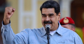 Maduro: Venezuela'daki darbe girişimi çöktü