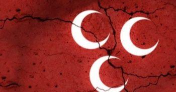 MHP'de ihraç depremi! Başkan istifa etti