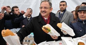 Özhaseki, Kılıçdaroğlu'ndan tazminat kazandı! Halka döner dağıttı