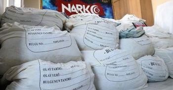 Soylu, yılbaşından bugüne kadar 5 ton eroin ele geçirildiğini bildirdi