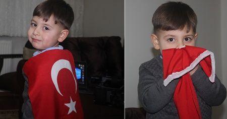 3 yaşındaki çocuk okumayı öğrenmeden İstiklal Marşı'nın 10 kıtasını ezberledi