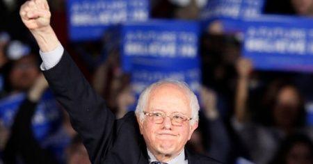 ABD'li senatör Sanders Trump'ın koltuğuna aday