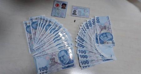 Polis ekiplerinin dikkati sahte parayı ortaya çıkardı
