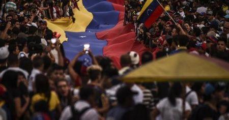 """Rusya: """"ABD, Venezuelalı muhalifler için Avrupa'dan silah satın almayı planlıyor"""""""