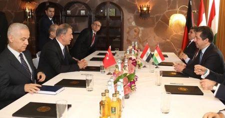 Savunma Bakanı Akar, Barzani ile görüştü