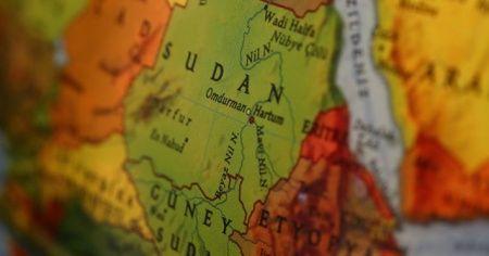 Sudan'da olağanüstü hal 1 yıl uzatıldı