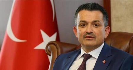 """Tarım ve Orman Bakanı Bekir Pakdemirli """"Çiftçinin ve üreticinin sonuna kadar yanındayız"""""""