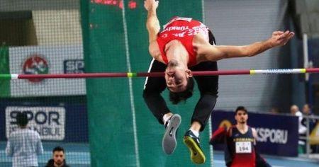 Türk atletlerden Balkan Şampiyonası'ndan 11 madalya