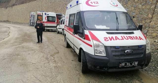 Bursa'da cenazeye gidenleri taşıyan otobüs devrildi: Yaralılar var