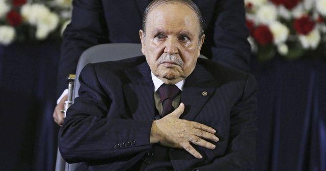 """Cezayir'de """"Mücahitler Ulusal Örgütü"""" göstericilerden yana"""