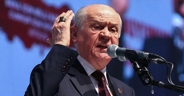 Devlet Bahçeli, CHP liderine yüklendi: Terör örgütü diyemiyor