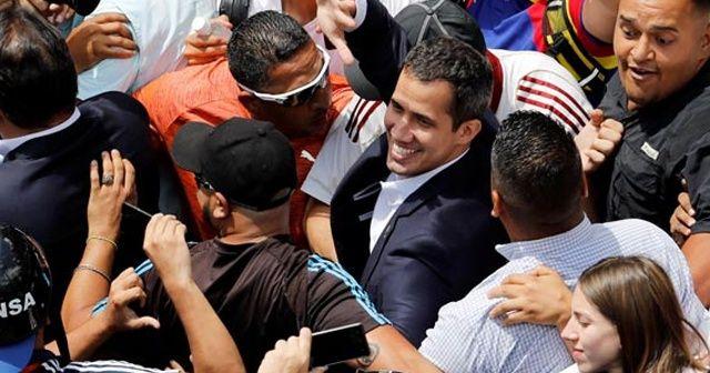 Juan Guaido 11 gün sonra Venezuela döndü
