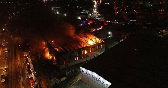 Kocaeli'de çıkan fabrika yangını kontrol altına alındı