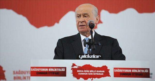 MHP lideri Bahçeli: Ezanı ıslıklamak ahlaksızlıktır