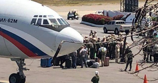 Rus askerleri Venezuela'ya indi! Maduro'dan da suikast iddiası