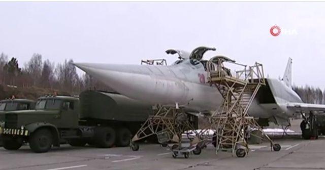 Rusya'nın uzun menzilli uçakları Karadeniz üzerinde uçuş gerçekleştirdi