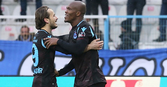 Trabzonspor'u Nwakaeme sırtlıyor