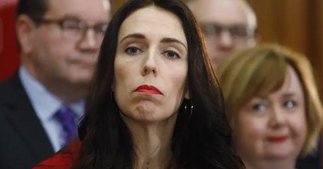 """Yeni Zelanda Başbakanı Ardern: """"Detaylı planlanmış bir terör saldırısı"""""""