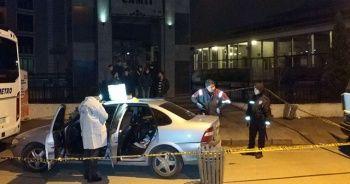 Cami çıkışı otomobil çarpan yaşlı adam öldü